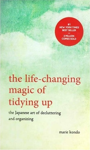 کتاب The Life-Changing Magic of Tidying Up
